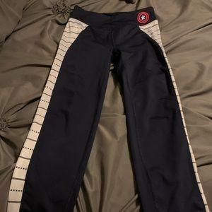 Marvel Captain America girls pants S